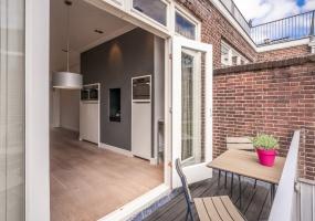 Heinzestraat 7-III 1071 SK,Amsterdam,Noord-Holland Nederland,4 Slaapkamers Slaapkamers,2 BadkamersBadkamers,Appartement,Heinzestraat,3,1091