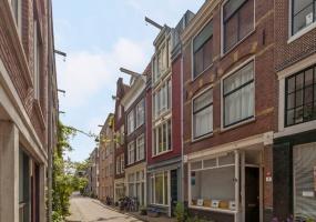 Derde Egelantiersdwarsstraat 6, Amsterdam, Noord-Holland Nederland, 2 Bedrooms Bedrooms, ,1 BathroomBathrooms,House,For Rent,Derde Egelantiersdwarsstraat,1127