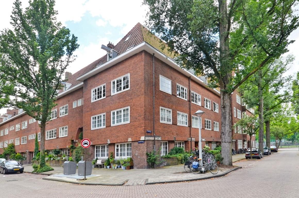 Titiaanstraat 29-II, Amsterdam, Noord-Holland Netherlands, 4 Slaapkamers Slaapkamers, ,2 BadkamersBadkamers,Appartement,Huur,Titiaanstraat,2,1136