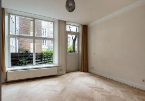 De Lairessestraat 170-A,Amsterdam,Noord-Holland Nederland,3 Bedrooms Bedrooms,2 BathroomsBathrooms,Apartment,De Lairessestraat ,1209