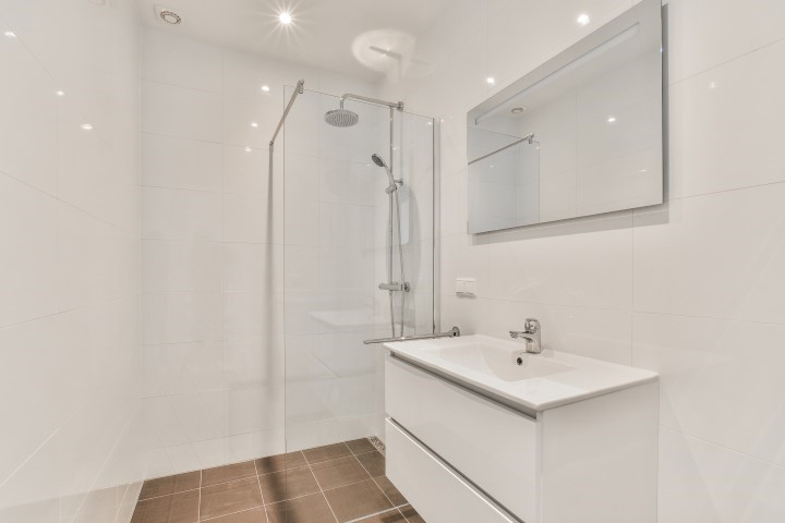 Leiduinstraat 24-II, Amsterdam, Noord-Holland Nederland, 2 Bedrooms Bedrooms, ,1 BathroomBathrooms,Apartment,For Rent,Leiduinstraat ,2,1222