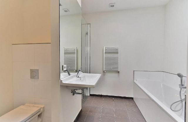 Waldeck Pyrmontlaan 4-IV, Amsterdam, Noord-Holland Nederland, 2 Bedrooms Bedrooms, ,2 BathroomsBathrooms,Apartment,For Rent,Waldeck Pyrmontlaan,4,1238