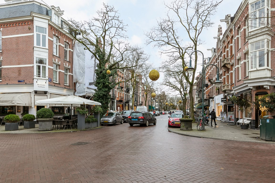 Cornelis Schuytstraat 10-II, Amsterdam, Noord-Holland Nederland, 2 Bedrooms Bedrooms, ,1 BathroomBathrooms,Apartment,For Rent,Cornelis Schuytstraat,2,1244