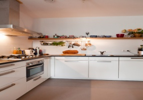 Spadinalaan 143 1031 KB, Amsterdam, Noord-Holland Nederland, 2 Bedrooms Bedrooms, ,1 BathroomBathrooms,Apartment,For Rent,Spadinalaan,6,1254