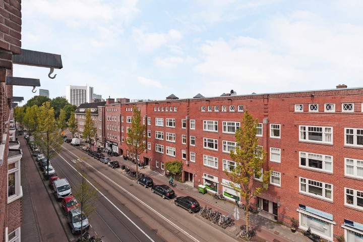 Admiraal de Ruijterweg 465 III, Amsterdam, Noord-Holland Nederland, 4 Bedrooms Bedrooms, ,2 BathroomsBathrooms,Apartment,For Rent,Admiraal de Ruijterweg,3,1274