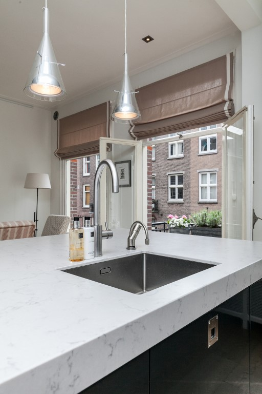 Valeriusstraat 212-II, Amsterdam, Noord-Holland Nederland, 5 Slaapkamers Slaapkamers, ,2 BadkamersBadkamers,Appartement,Huur,Valeriusstraat,2,1278