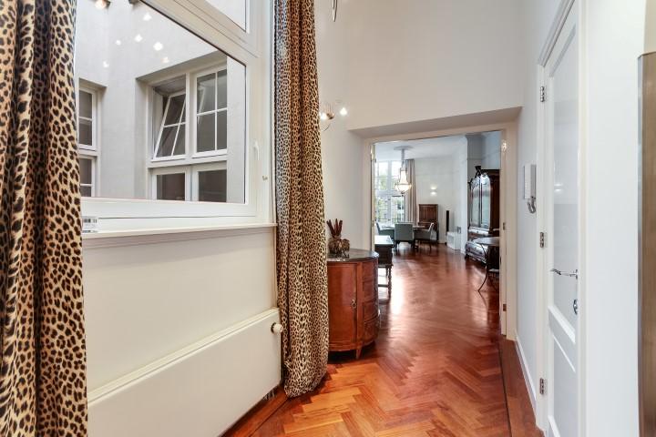 Herengracht 189 K Amsterdam,Noord-Holland Nederland,2 Bedrooms Bedrooms,2 BathroomsBathrooms,Apartment,Herengracht,2,1036