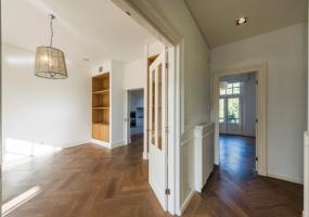 Koningslaan 26 A, Amsterdam Noord-Holland Netherlands, 4 Bedrooms Bedrooms, ,4 BathroomsBathrooms,Apartment,For Rent,Koningslaan,1312