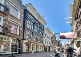 Lange Niezel 16 III, Amsterdam, Noord-Holland Nederland, 1 Slaapkamer Slaapkamers, ,1 BadkamerBadkamers,Appartement,Huur,Lange Niezel,3,1313
