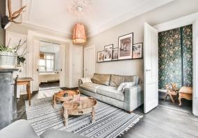 Valeriusstraat 50 hs 1071 MK, Amsterdam, Noord-Holland Nederland, 4 Bedrooms Bedrooms, ,2 BathroomsBathrooms,Apartment,For Rent,Valeriusstraat,1,1327