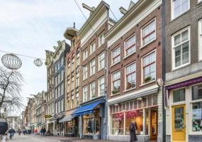 Haarlemmerstraat 58-I, Amsterdam, Noord-Holland Nederland, 2 Bedrooms Bedrooms, ,1 BathroomBathrooms,Apartment,For Rent,Haarlemmerstraat,1,1368