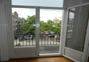 Koninginneweg 275 boven, 1075 CV, Amsterdam, Noord-Holland Nederland, 4 Bedrooms Bedrooms, ,1 BathroomBathrooms,Apartment,For Rent,Koninginneweg,2,1402