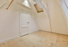 Jan Bernardusstraat 10 III 1091 TT, Amsterdam, Noord-Holland Netherlands, 2 Bedrooms Bedrooms, ,1 BathroomBathrooms,Apartment,For Rent,Jan Bernardusstraat,3,1516