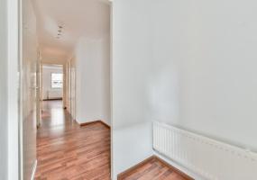Nieuwe Uilenburgerstraat 15 B, Amsterdam, Noord-Holland Nederland, 1 Slaapkamer Slaapkamers, ,1 BadkamerBadkamers,Appartement,Huur,Nieuwe Uilenburgerstraat,1,1540