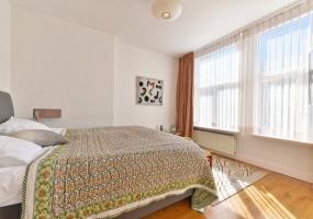 Prins Hendrikkade 132-B,Amsterdam,Noord-Holland Nederland,2 Bedrooms Bedrooms,1 BathroomBathrooms,Apartment,Prins Hendrikkade ,1,1078